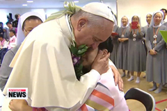 Pope Francis holds final public event of Korea trip