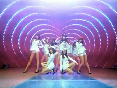Pops in Seoul Girls′ Generation (Genie)