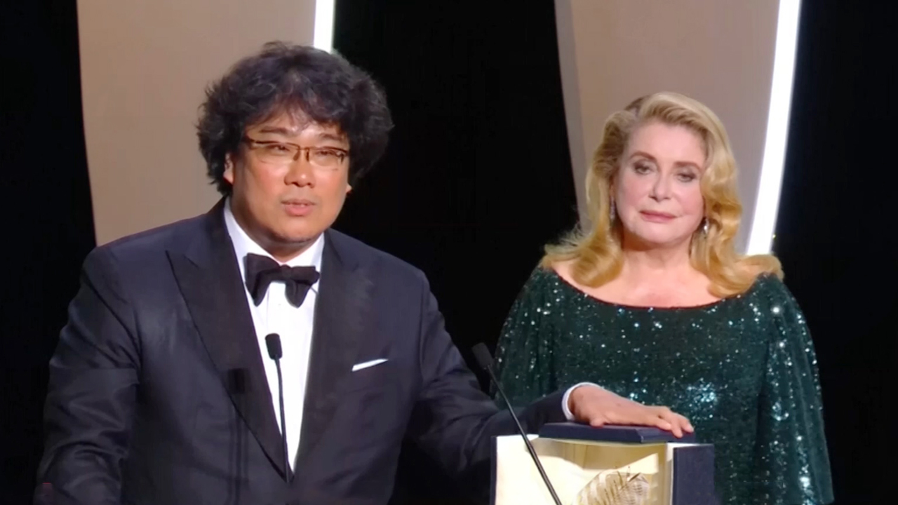 52-3 Bong Joon-ho Wins First Palme D'or For Korea With 'Parasite'