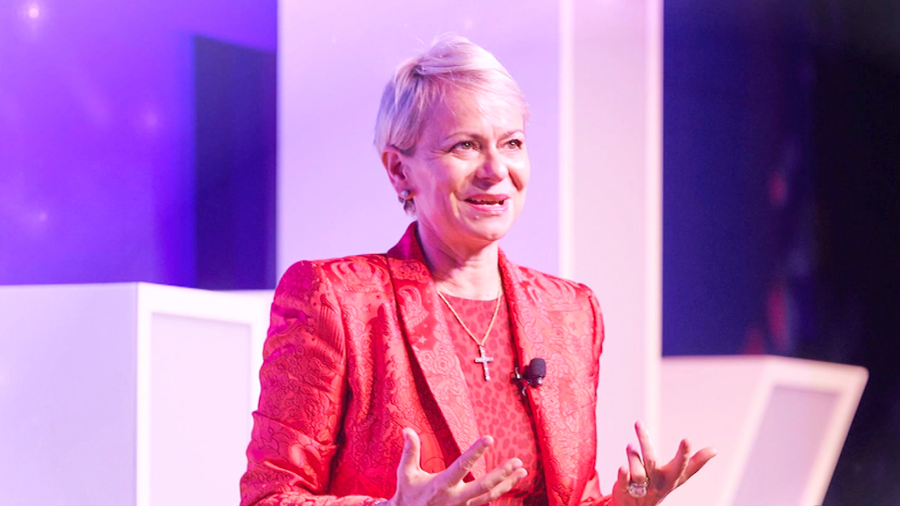 Ep.281 Harriet Green, Chairperson and CEO of IBM Asia Pacific